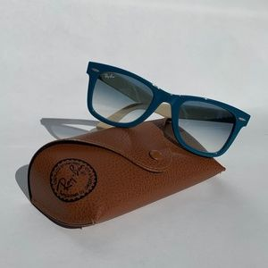Ray-Ban Wayfarer Blue/Ivory Two-toned Sunglasses